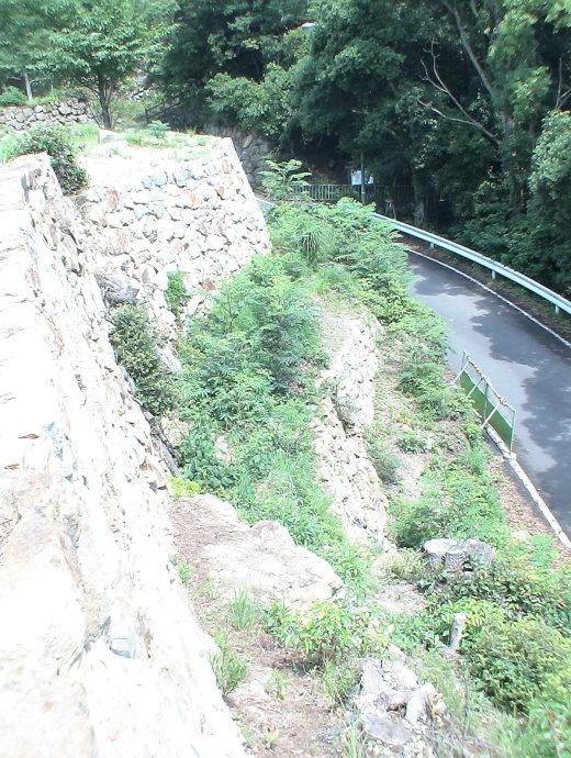 二段積みの石垣 2