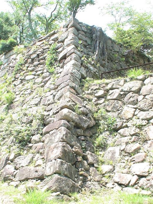 本丸台南面の石垣 2