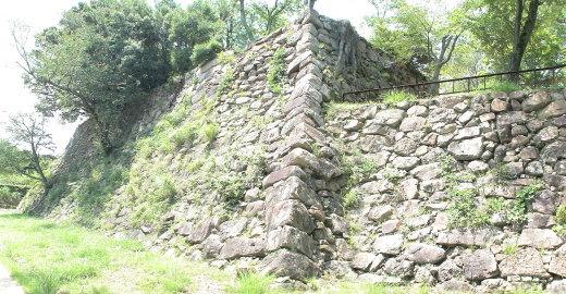 本丸台南面の石垣 1